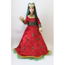 Кукла в национальном костюме, красное платье